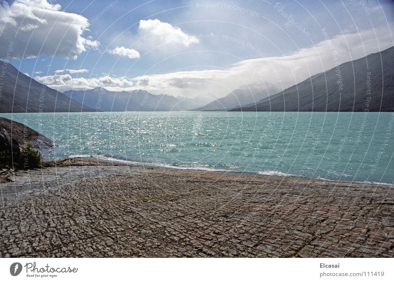 Patagonia Natur Himmel blau Wolken Berge u. Gebirge Stein See Landschaft Eis Felsen Gletscher Chile Argentinien Wildnis Südamerika Patagonien