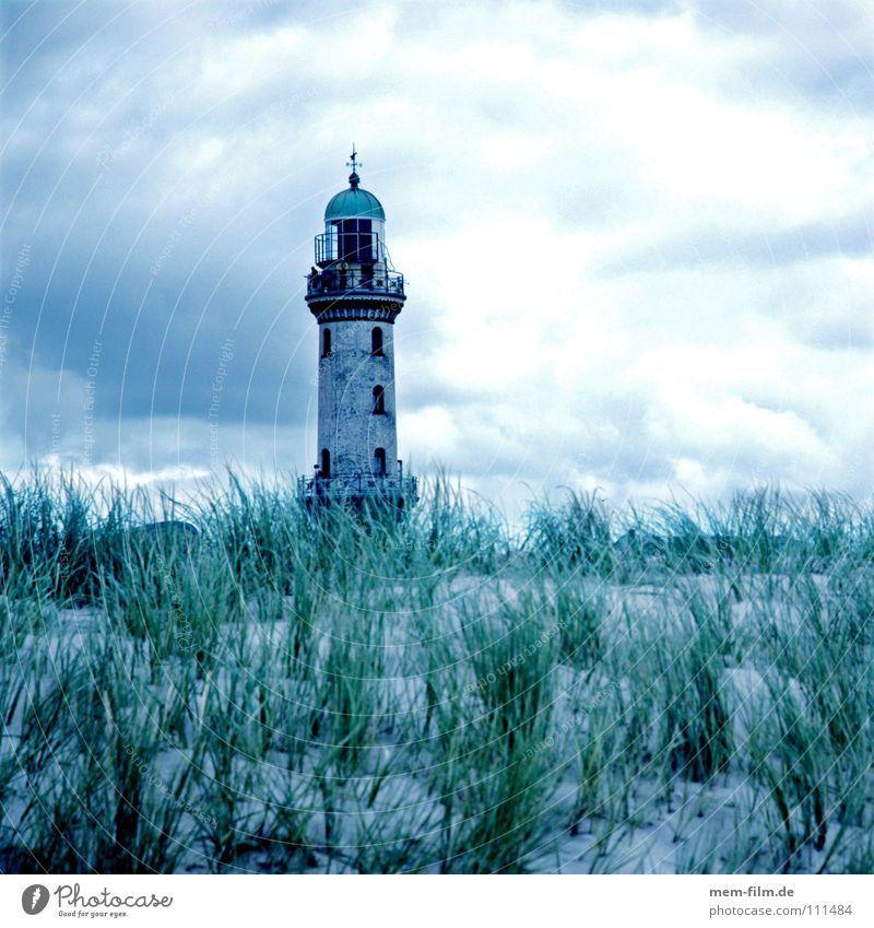 Harald Strand Leuchtturm Sommer Prerow See Küste Gras Navigation Orientierung Licht salzig Ferien & Urlaub & Reisen Seezeichen Warnemünde Rostock
