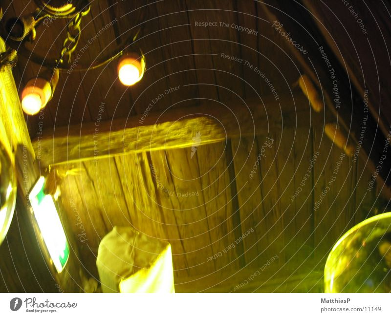 Der Kuhstall ruft ... Après-Ski Ischgl Spielen antik Kronleuchter Leuchter Lampe Licht Stall Freizeit & Hobby Foyer Freude Elektrizität alte balken Beleuchtung