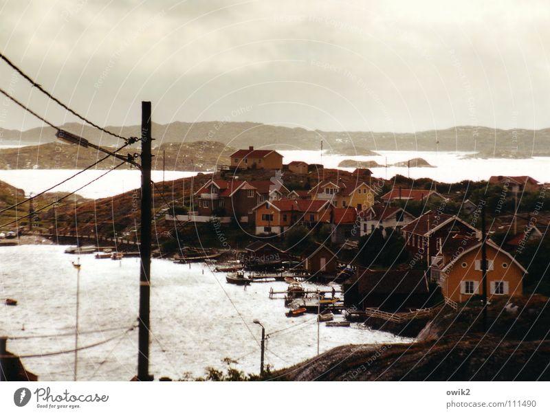 Schwedische Inseln Himmel Natur Wasser Meer Landschaft Wolken Haus Ferne Umwelt Küste hell Wetter frisch Idylle Insel Urelemente