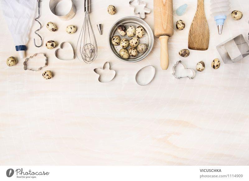 Backen Tools mit Wachteleier Lebensmittel Ernährung Geschirr Stil Design Gesunde Ernährung Haus Tisch Küche Feste & Feiern Ostern Hintergrundbild Gerät Holz Ei