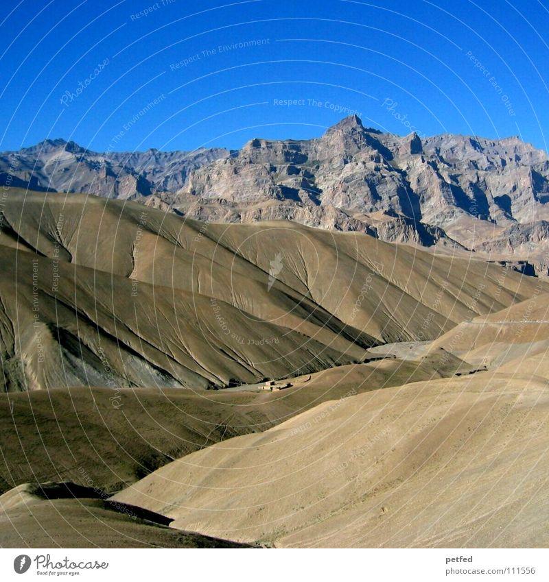 Elefantenhautberge Indien Ladakh Leh wandern Serpentinen tief Berge u. Gebirge Erde Nation Ferien & Urlaub & Reisen Himmel blau hoch Klettern Aussicht Himalaya