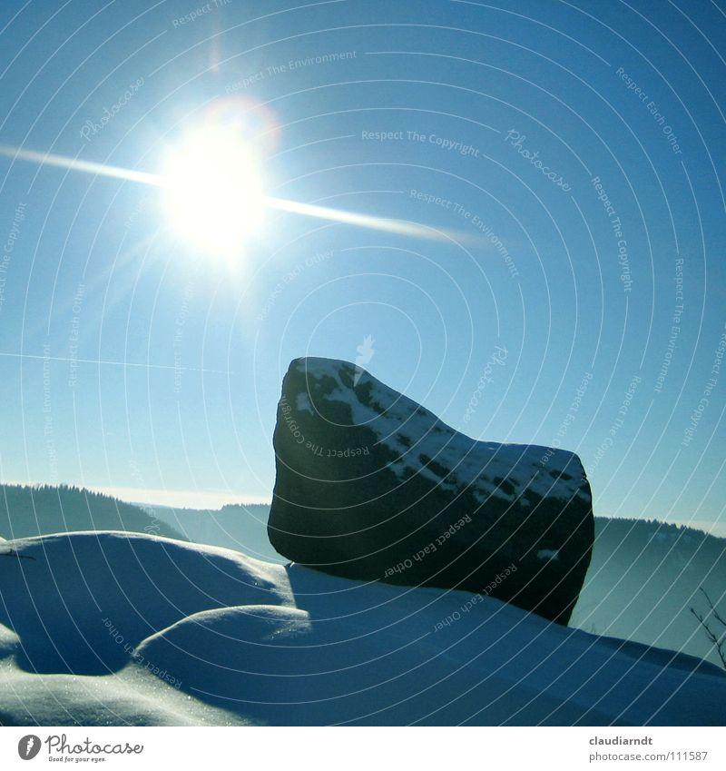 Wiwula... ruhig Sonne Winter Schnee Berge u. Gebirge Himmel Nebel Hügel Stein hell kalt weiß Wintertag blenden grell Stillleben Harz Frost Schatten