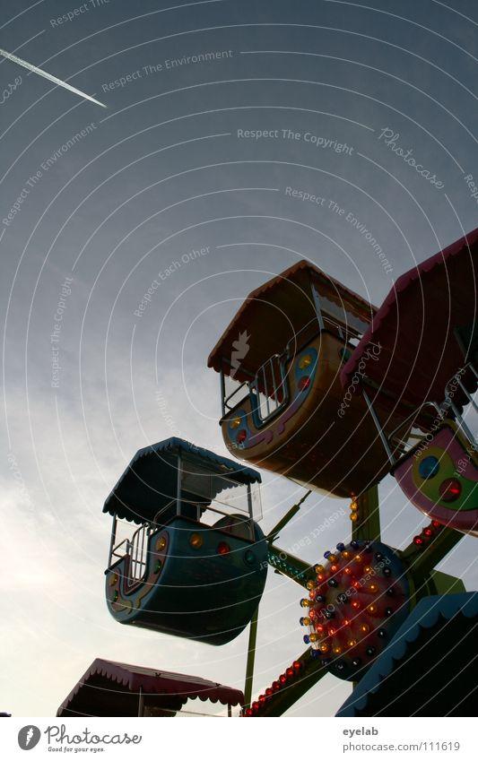 Zwergenrad Kondensstreifen Wolken Flugzeug fliegen Jahrmarkt Riesenrad Lampe Freizeit & Hobby Neonlicht mehrfarbig Dach Haken drehen rund Eingang Stahl Blech