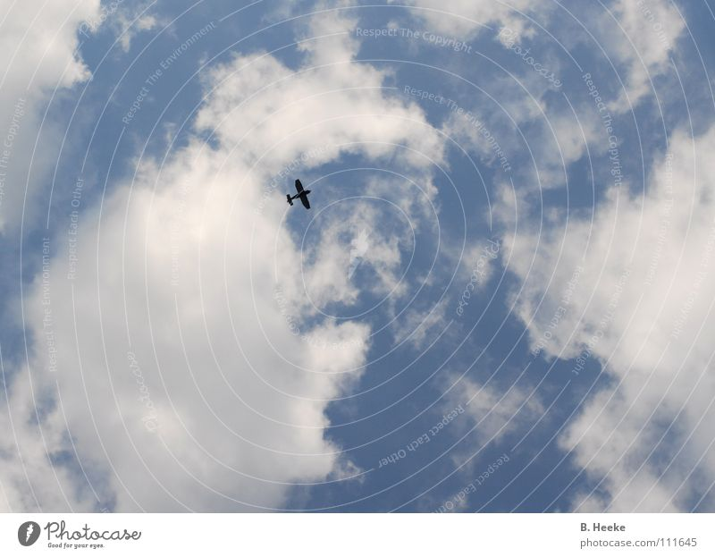 Wolkenflug Himmel blau Wolken Flugzeug Luftverkehr Abheben