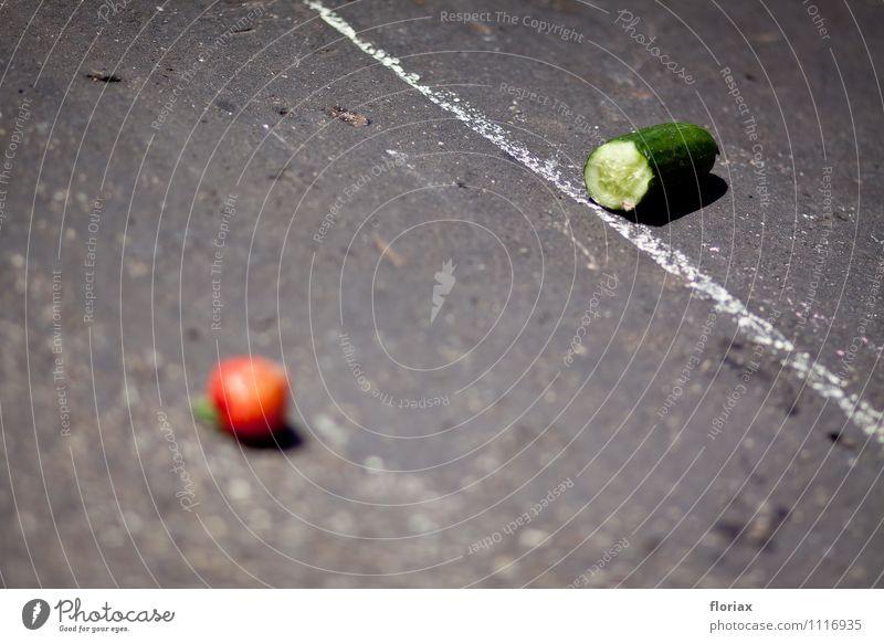 high noon Lebensmittel Gemüse Salat Salatbeilage Frucht Ernährung Vegetarische Ernährung Diät Gesundheit Gesunde Ernährung Sommer Schönes Wetter Linie kämpfen