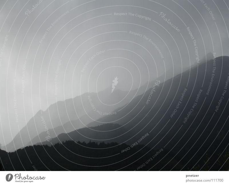 Einsam Nebel Morgen Trauer Einsamkeit Verzweiflung Berge u. Gebirge Himmel Seil Traurigkeit