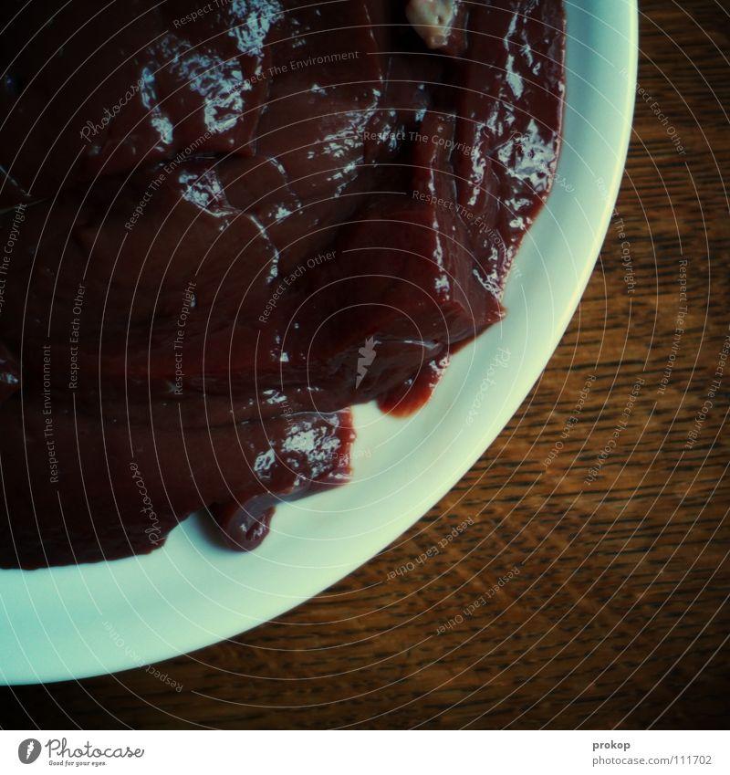 Halbes Pfund Viech Fleisch Tisch Ernährung ungesund Teller Mahlzeit Leber Niere Schwein Rind Haushuhn Ferkel Portion satt Fett Blut Gedärme Ekel Kuh Qualität
