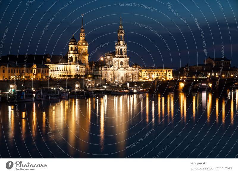 Gold und Silber Ferien & Urlaub & Reisen Tourismus Ausflug Sightseeing Städtereise Nachtleben Beleuchtung Himmel Nachthimmel Fluss Elbe Dresden Sachsen