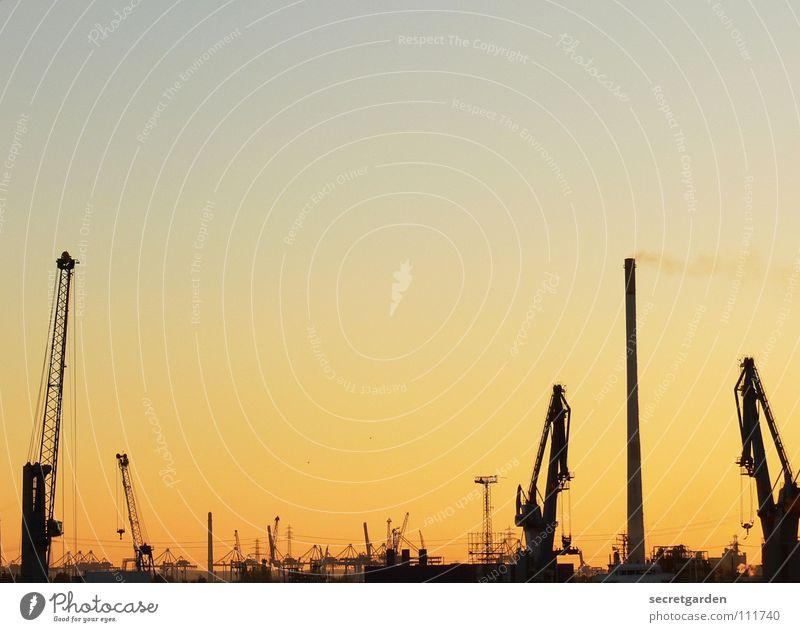 weniger ist mehr Himmel blau Wasser Stadt schön rot Sonne gelb Herbst Wärme Wasserfahrzeug Wellen Arbeit & Erwerbstätigkeit Hamburg Macht Industrie