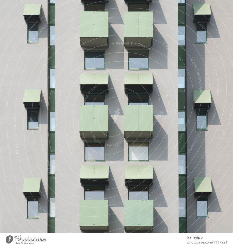 flats and shadows Stadt Hochhaus Gebäude Architektur Mauer Wand Fassade Balkon Fenster grau Beton Mieter Bewohner bevölkerung Farbfoto Gedeckte Farben