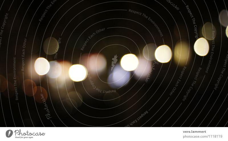 Citylights Nachtleben Feste & Feiern Veranstaltung Nachthimmel Stadt glänzend leuchten träumen dunkel blau gold orange schwarz weiß Romantik ruhig demütig