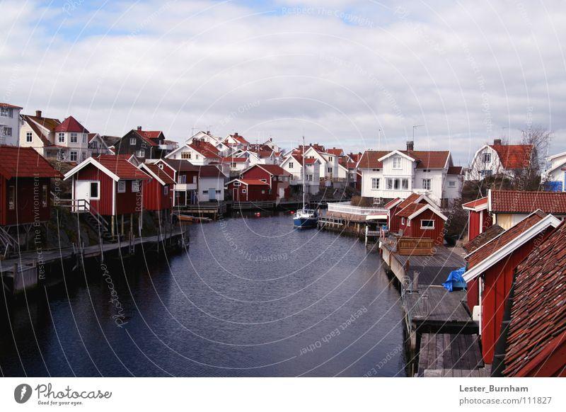 Lysekils, Schweden Wasser Stadt rot Haus Wasserfahrzeug Küste