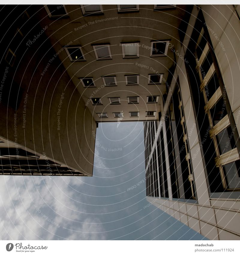 SUBURBIA Himmel Stadt Haus Wolken Einsamkeit Leben Wand Fenster grau Traurigkeit Gebäude Architektur Beton Hochhaus hoch