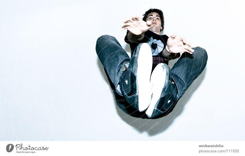 Jump II Jugendliche Hand springen Luft Gesundheit Schuhe Tanzen Raum hoch Jeanshose Niveau Konzentration Schüler Überraschung Decke trendy