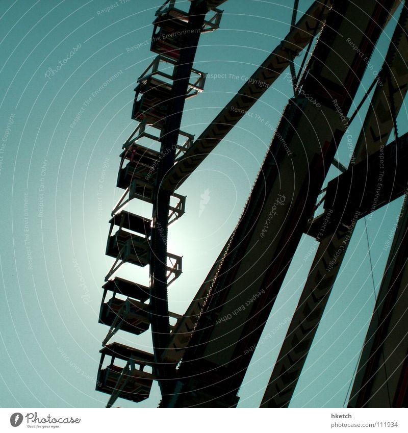 Feste feiern ... Himmel Freude Feste & Feiern fliegen aufwärts aufsteigen Oktoberfest Riesenrad überblicken