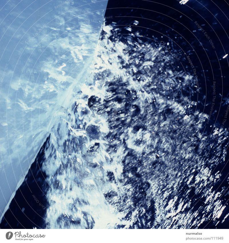 Die Gischt zischt Natur Wasser weiß schön Sommer Meer Freude Wärme Spielen Bewegung Freiheit Wasserfahrzeug Deutschland Wellen Wind frei