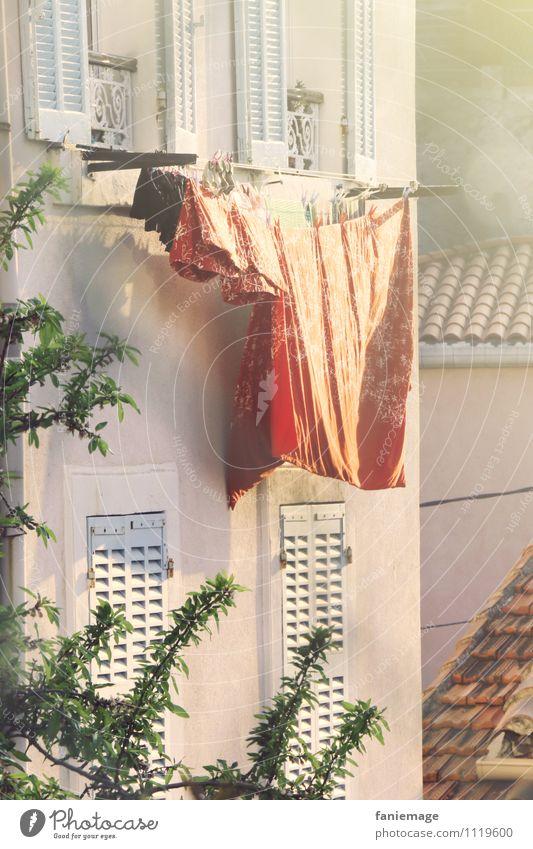 au 7ème Stadt grün weiß Sonne Baum rot Haus Fenster Wärme orange frisch gold Bettwäsche Balkon mediterran Süden