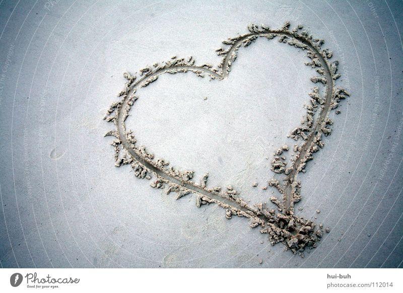 Herzschmerz schlagen Strand Ferien & Urlaub & Reisen schön Mitgefühl Symbole & Metaphern Liebe Erde Sand verschenkten heart Zeichen