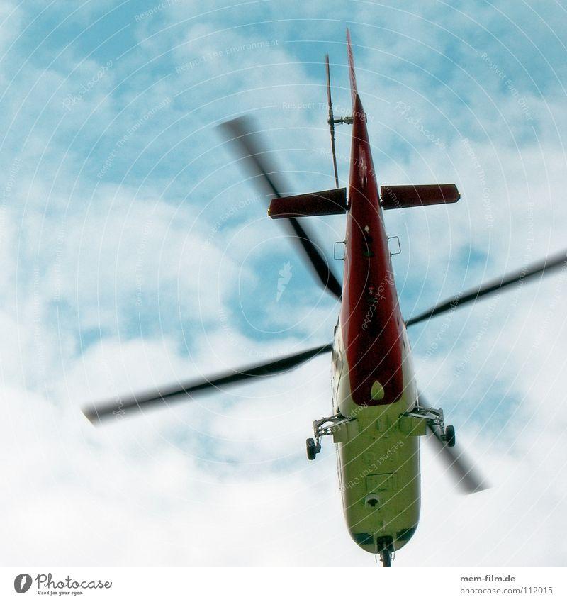 helipepe Hubschrauber Flugzeug Notarzt Arzt Rettung Lebensrettung Wolken Schweben fliegen orange blau Blauer Himmel flugerät Rotor crash fliegende Ärzte