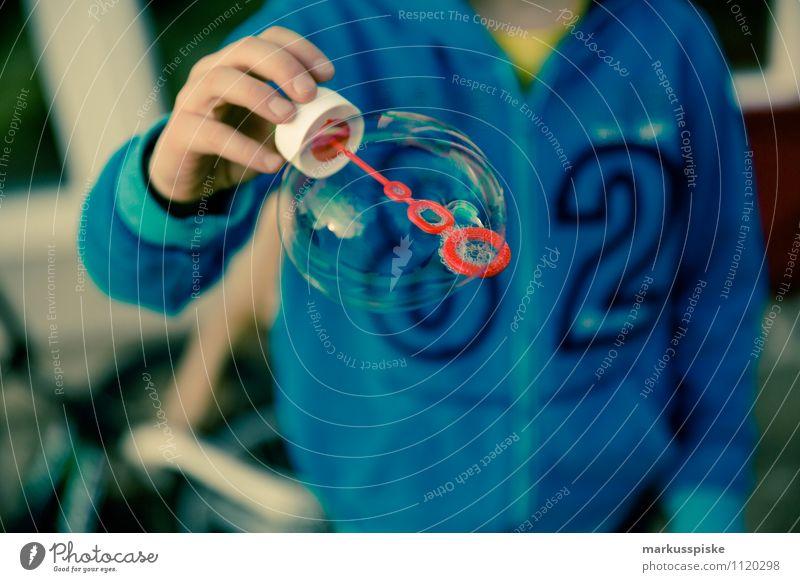 seifenblase Lifestyle Stil Design Freizeit & Hobby Spielen Basteln Seifenblase Blase durchsichtig Fliege Hand Fingerabdruck Kindererziehung Bildung Kindergarten