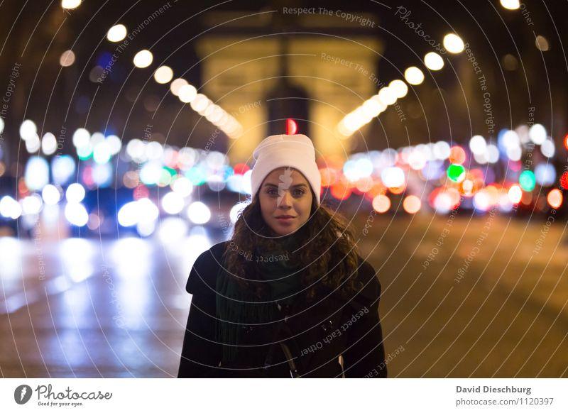 Nightlife Ferien & Urlaub & Reisen Tourismus Städtereise Nachtleben Club Disco Diskjockey ausgehen clubbing feminin Junge Frau Jugendliche 1 Mensch 18-30 Jahre