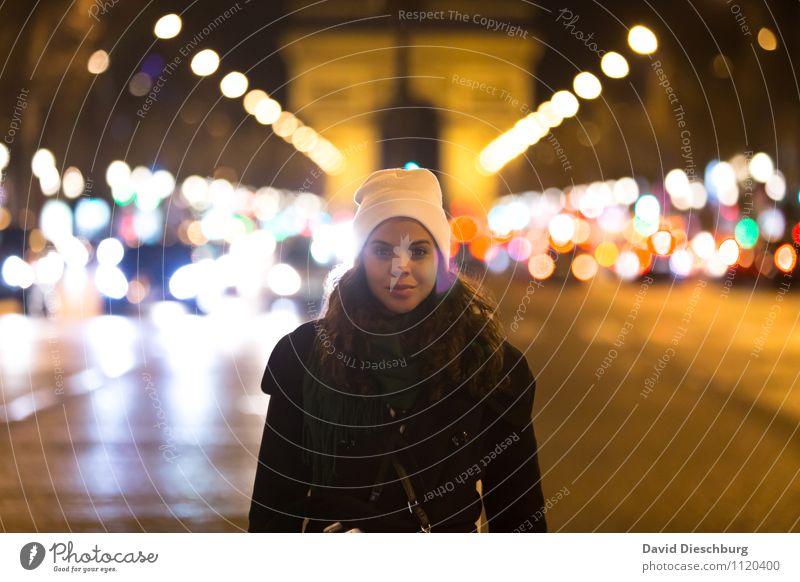 Nachtleben Ferien & Urlaub & Reisen Tourismus Sightseeing Städtereise Veranstaltung Musik feminin Frau Erwachsene Kopf Gesicht 1 Mensch 18-30 Jahre Jugendliche