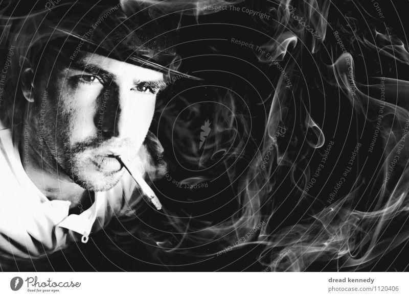 Raucherbild Mensch maskulin Mann Erwachsene 1 30-45 Jahre Rauchen Coolness rebellisch retro Klischee schwarz weiß Laster Kraft Gelassenheit genießen Porträt