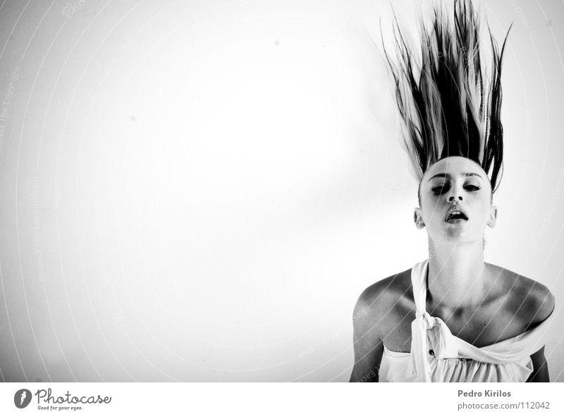 OW Model Brasilien Belo Horizonte Schwarzweißfoto pedrokirilos bw pb moviment hair