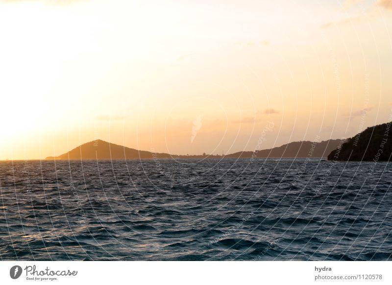 Zur Ruhe kommen Himmel Ferien & Urlaub & Reisen schön Wasser Sommer Sonne Erholung Meer ruhig Ferne gelb Berge u. Gebirge Wärme Küste Glück Freiheit