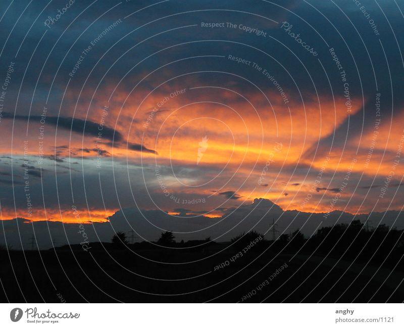 himmlisch Wolken Sonnenuntergang Himmel Abend