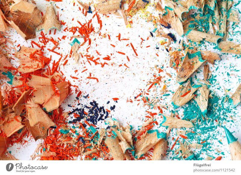 Platz für Kreativität Kunst liegen Farbstift Holz Strukturen & Formen Krümel dreckig Farbe streichen malen türkis orange Papier Kindergarten Anspitzer Spitze