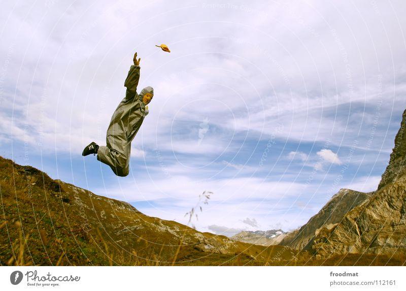 flugstunden Leichtigkeit Kannen grau Schweiz dumm Wolken Schwung springen Aktion Kunst Kultur fliegen froodmat Freude Himmel Alpen Berge u. Gebirge Dynamik
