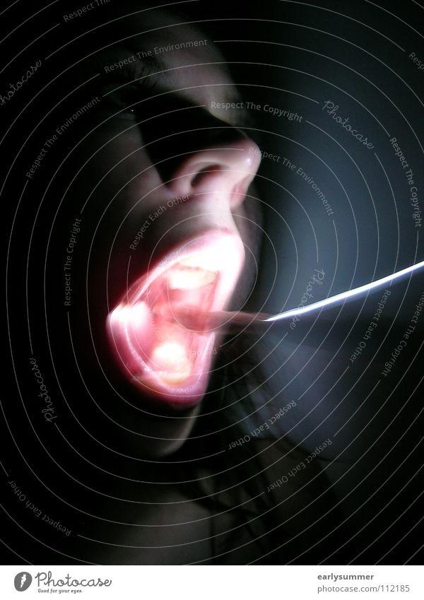 Das Fremde in mir Nacht dunkel Panik Geister u. Gespenster mystisch unnatürlich Licht unheimlich Filmindustrie Freak Teufel Angst gefährlich Kino Lampe Seele