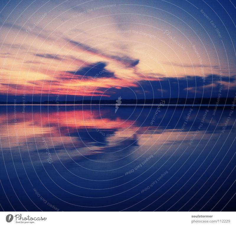 Sonnenuntergang Himmel Meer schwarz Wolken Erholung rosa Filmindustrie Vergangenheit Jahr antik Dia Achtziger Jahre Scan Cross Processing Gelbstich