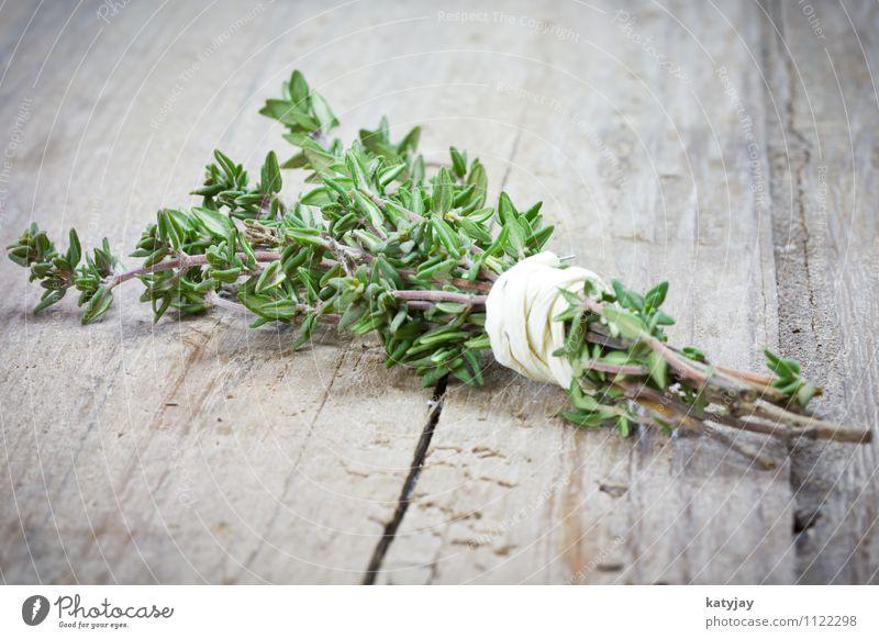 Thymian Pflanze Gesunde Ernährung Holz Gesundheit frisch Tisch Kochen & Garen & Backen Kräuter & Gewürze Küche Gemüse nah Zweig Restaurant Geschmackssinn