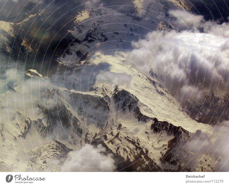 Höhenflug Flugzeug Wolken Luft Vogelperspektive Gipfel Berge u. Gebirge Deutschland Erde oben fliegen Luftverkehr Schnee