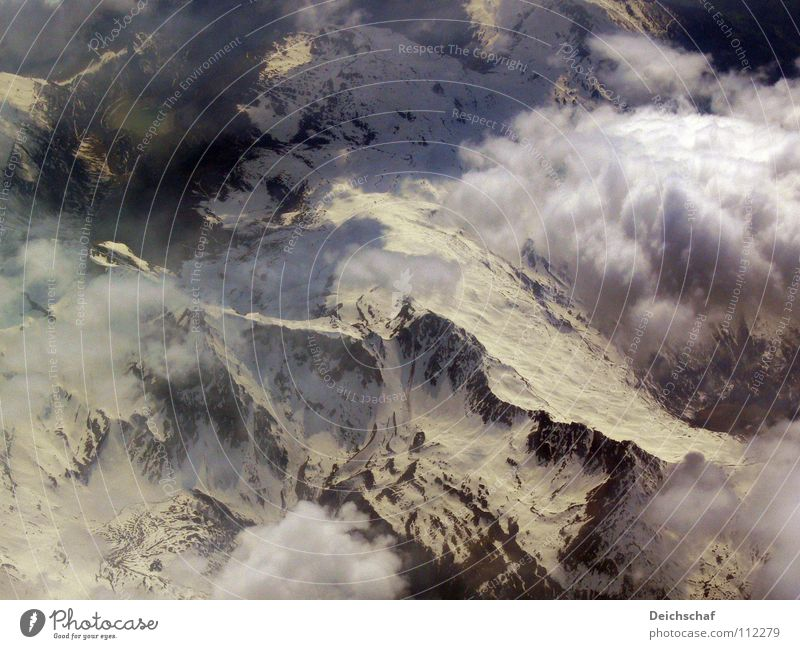 Höhenflug Wolken Schnee oben Berge u. Gebirge Luft Deutschland Flugzeug fliegen Erde Luftverkehr Gipfel