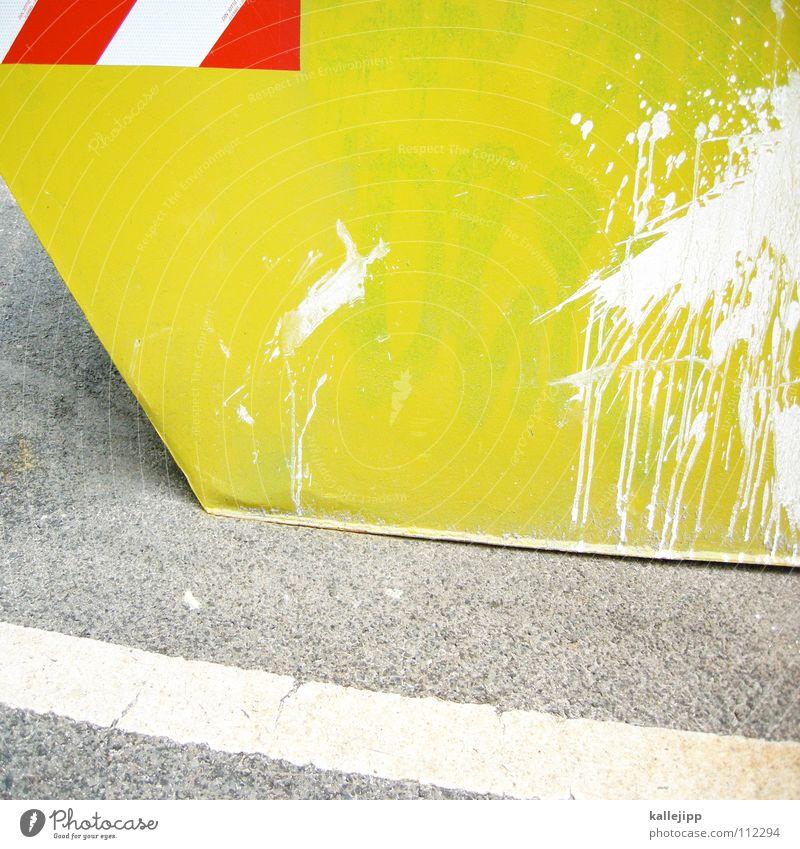 yellow submarine gelb Farbe Baustelle Müll Streifen trashig Handwerk Fleck Respekt Warnhinweis Container Farbfleck Symbole & Metaphern Missgeschick