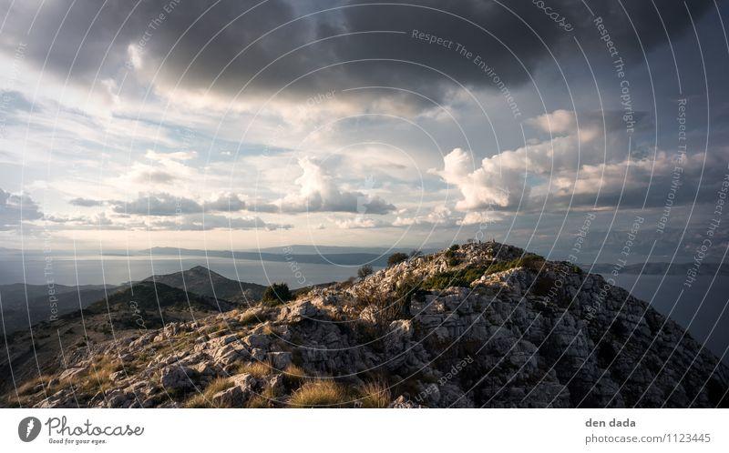 Gipfel Sankt Ilja Bergsteigen Natur Landschaft Himmel Wolken Herbst Schönes Wetter Felsen Alpen Berge u. Gebirge Küste Menschenleer authentisch außergewöhnlich