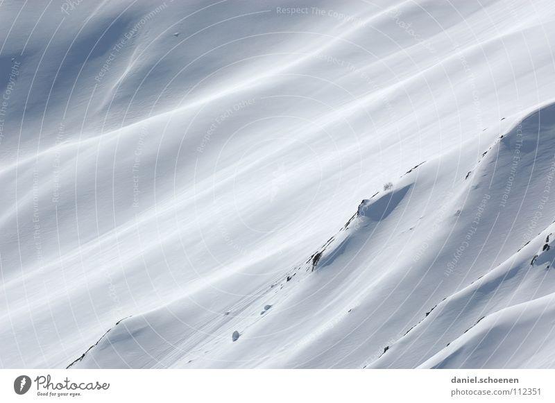 das Herz schlägt höher weiß Hintergrundbild Pulver Pulverschnee Tiefschnee Gletscher Skitour Gipfel Bergsteigen wandern Schweiz Winter Spuren Berghang
