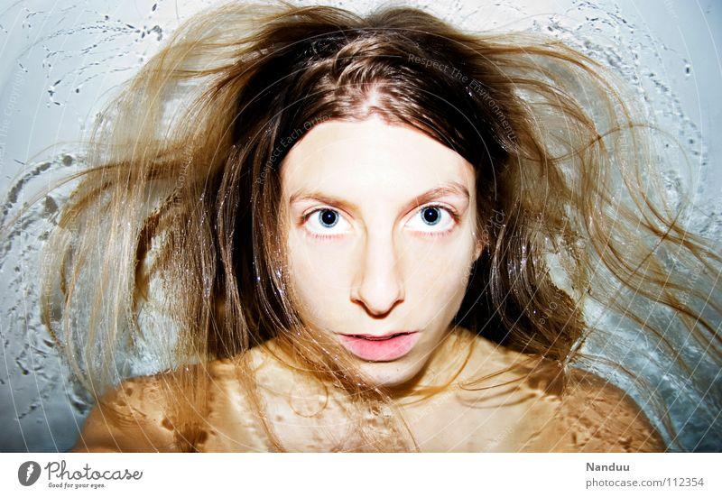 Medusa Frau Mensch Jugendliche schön Gesicht Erwachsene feminin Haare & Frisuren Schwimmen & Baden wild verrückt Wellness 18-30 Jahre Badewanne tauchen