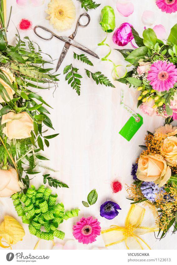 Blumenstrauß mit Dekoration machen. Natur Blatt Haus Stil Hintergrundbild Feste & Feiern Garten Lifestyle Freizeit & Hobby Design Dekoration & Verzierung