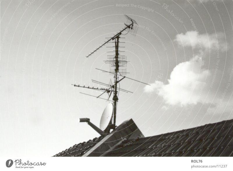 New-Old Entertainment Antenne Wolken Dach Fernsehen Elektrisches Gerät Technik & Technologie Himmel