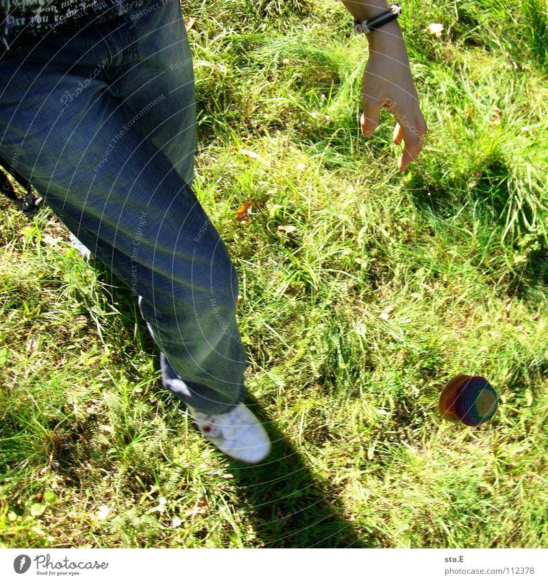 alternativsport pt.2 Natur Freude Wiese Spielen Bewegung Beine Fuß Park Arme Freizeit & Hobby Stoff Schönes Wetter Ball Hose Anschnitt Sack