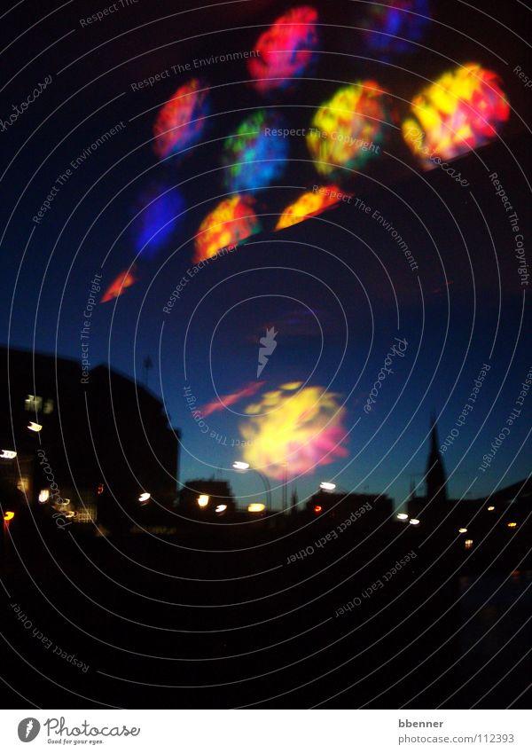 Eines Nachts in Hamburg... II mehrfarbig Fenster Kirchturm Nordlicht Freude Hafen Elbe Himmel Reflektion Fensterscheibe StJacobi Brücke Licht Kontrast