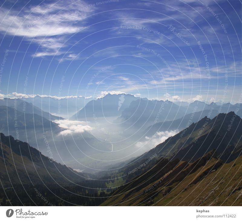 Once upon a time in the alps II Wolken Nebel Schweiz Aussicht Sehnsucht Gipfel Fernweh Ewigkeit Kanton Glarus Berge u. Gebirge Wurfspieß Alpen Himmel Ferne