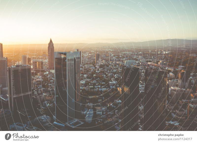 Kapital-City Arbeitsplatz Kapitalwirtschaft Geldinstitut Business Unternehmen Sonnenaufgang Sonnenuntergang Schönes Wetter Frankfurt am Main Deutschland Europa