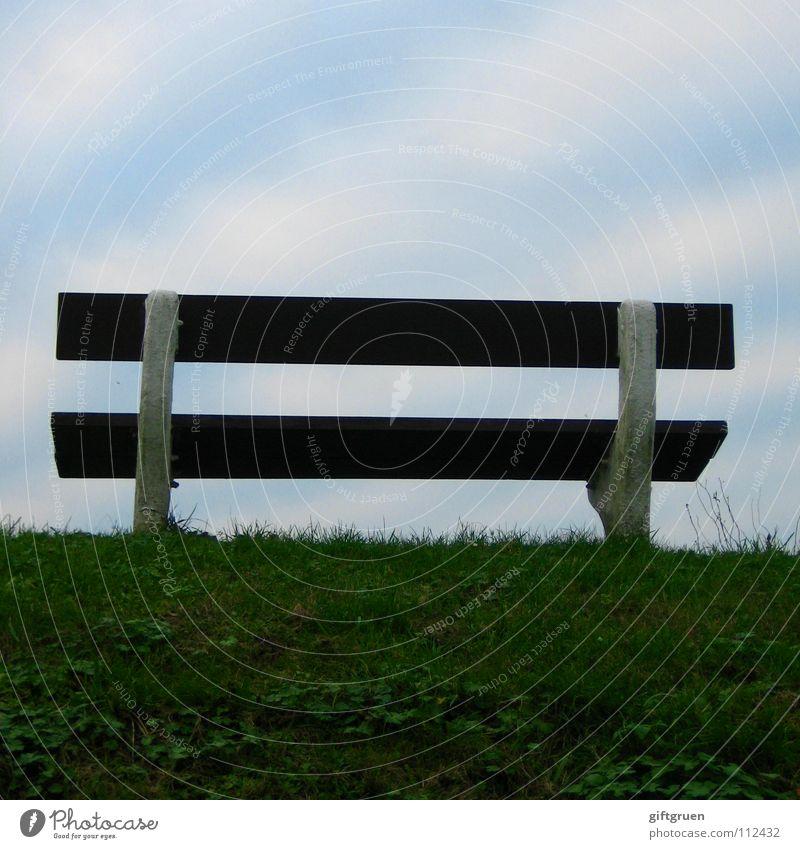 sitzstreik Himmel grün blau Strand Wolken Gras braun Küste warten leer Bank Aussicht Streifen Möbel Sitzgelegenheit Deich