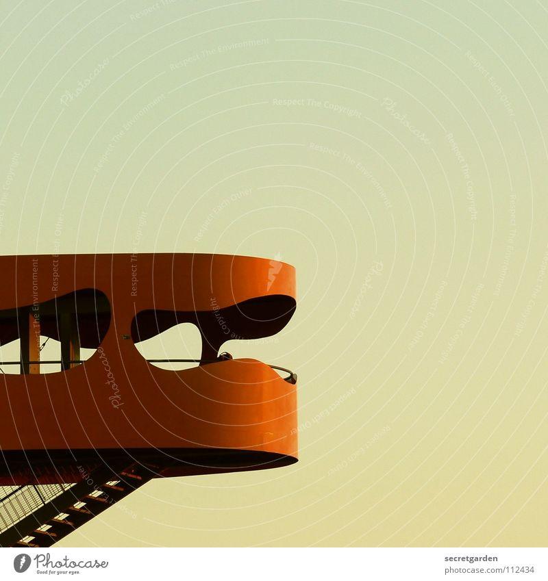 moderner hochsitz Hochsitz Aussicht Tourist Raum Warnfarbe Stahl schwindelfrei Fenster Blick Himmel Sightseeing Ferien & Urlaub & Reisen Fotografieren genießen